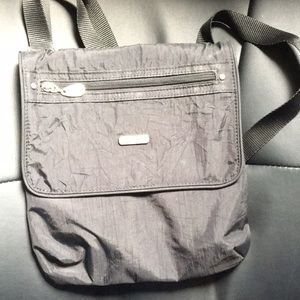 Black Baggallini bag